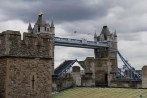 Otevírající se most