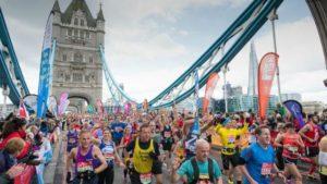 Londýnský maraton na Tower Bridge